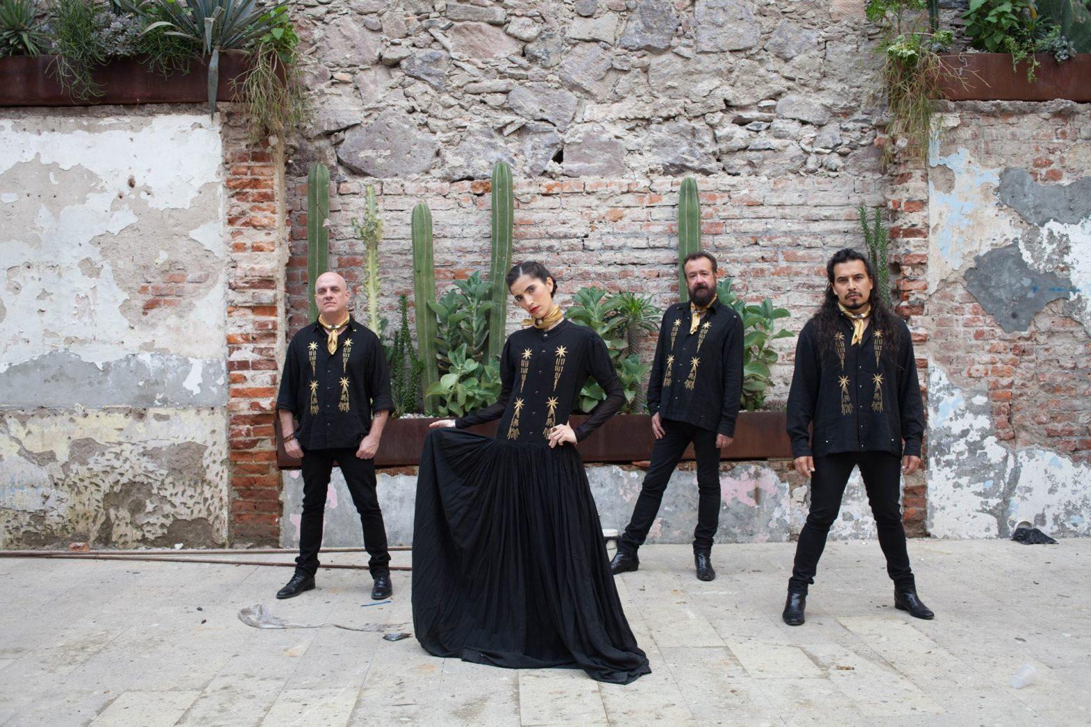 Iñaki, Sofi, Cha! y Elohim, de izquierda a derecha